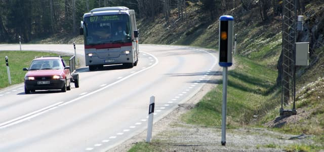 Fartkamera som registrerar hastighetsöverträdelser